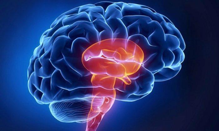Нельзя использовать препарат при угрозе обмороков, связанных с ишемией мозга
