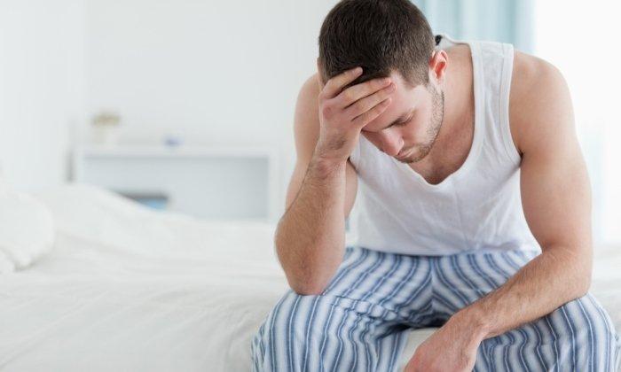 При запорах хронического характера используются крем и ректальные суппозитории