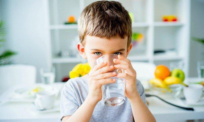 Разовая дозировка для детей младше 6 лет равна 10-20 мг, при этом пить пилюли стоит 1 или 2 раза в сутки. Допустимая доза в сутки не должна быть более 120 мг
