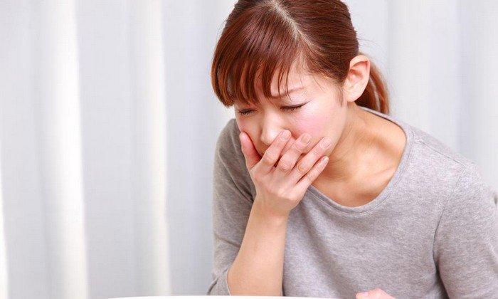 Когда возникает передозировка таблетками, покрытыми оболочкой, то появляются симптомы, свидетельствующие о нарушении работы желудочно-кишечного тракта