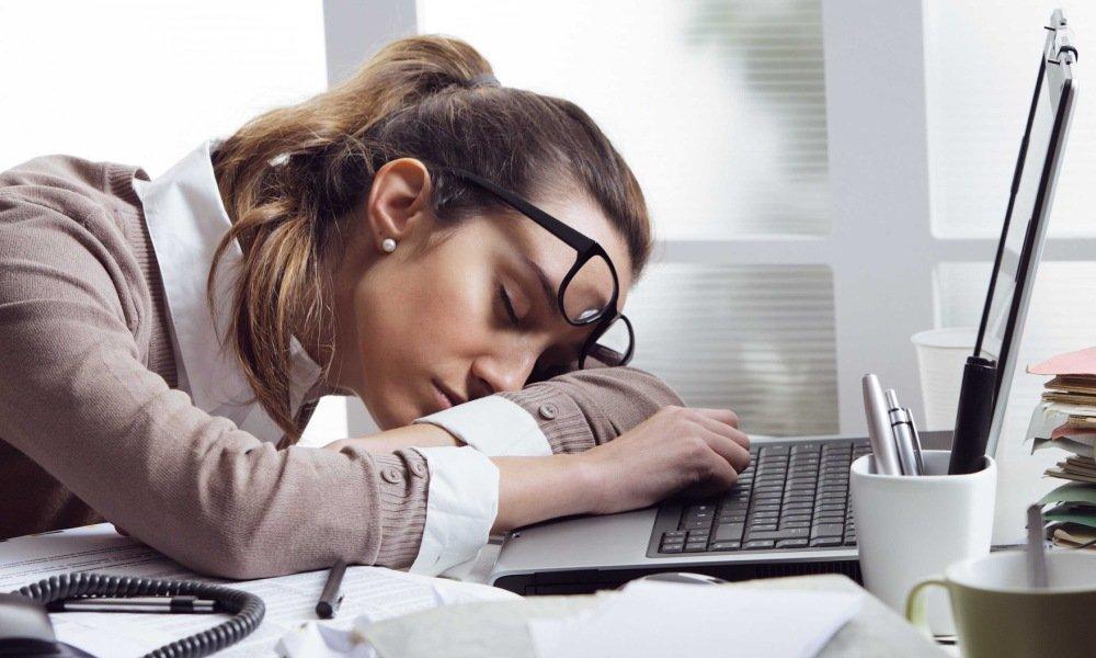 Может проявиться побочная симптоматика в виде вялости и сонливости
