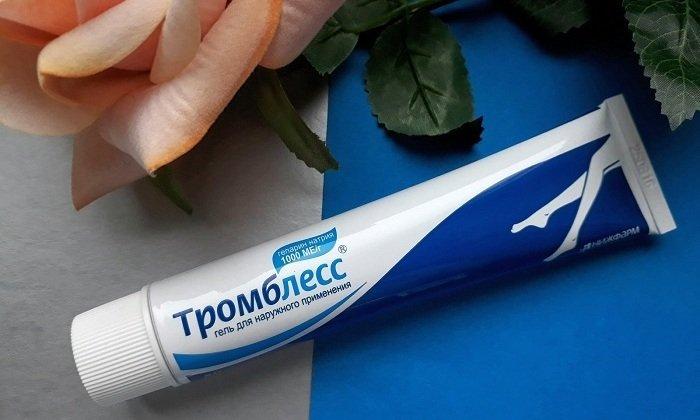 Существенная часть препарата всасывается с поверхности кожных покровов и попадает в системный кровоток