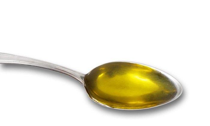 Масло Тыквеол принимают по 1 ч. л. три раза в день