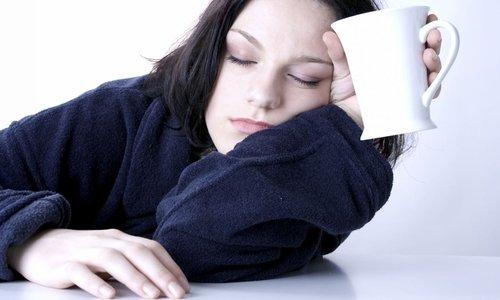 При использовании лекарства могут возникнуть побочные явления, например, сонливость