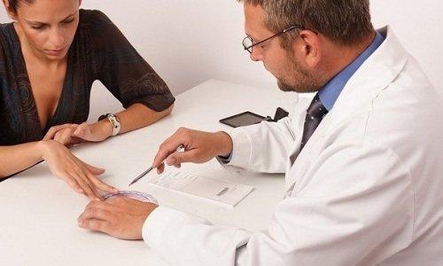 Продолжительность лечения гелем Тромблесс назначается доктором и может достигать 2 недель