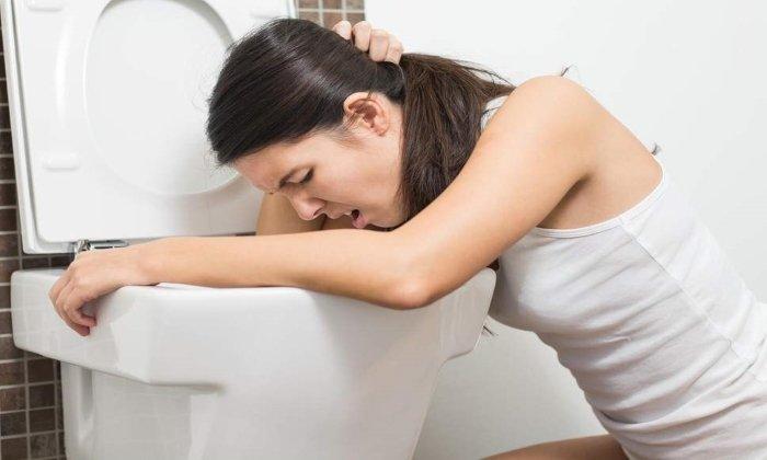 Побочным эффектом от приема препарата может быть рвота