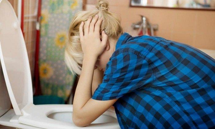 Тошнота, рвота - побочные эффекты при применении тиосульфата натрия 30%