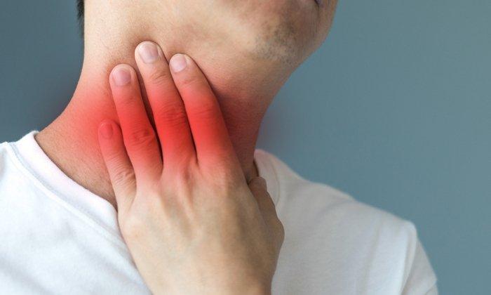 Спрей Люголь используют при лечении воспалительных поражений горла