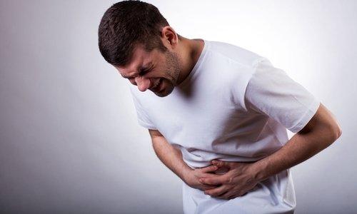 При преобладании болей и дискомфорта в области живота рекомендуется применять Дюспаталин, уменьшающий спазмы гладкой мускулатуры и боль