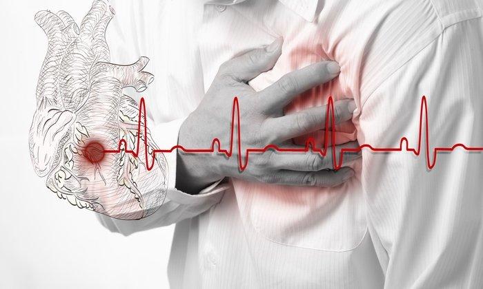 Менее распространенным, но более опасным признаком побочного влияния препаратов является сбой сердечного ритма
