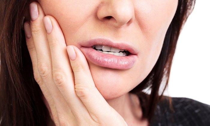 Растворы Тенториум применяются в лечении воспалений десен, ротовой полости