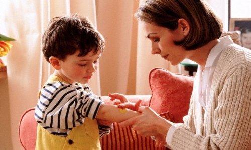 Левомеколь не противопоказан детям