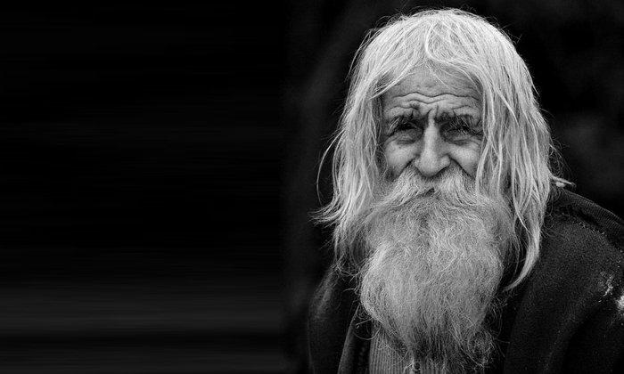 Пить лекарство можно людям старше 50 лет, но только под присмотром врача