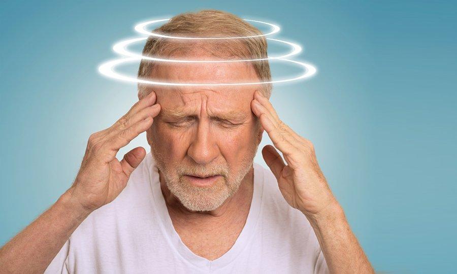 Головокружение может быть побочным эффектом применения Цефтриаксона и Новокаина