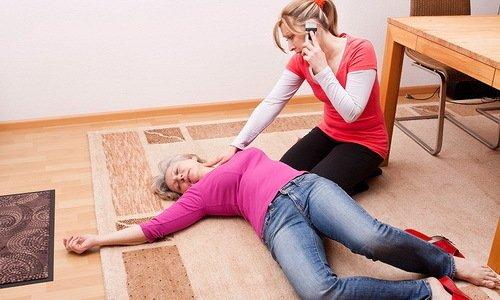 После введения раствора у пациента может произойти кратковременная потеря сознания