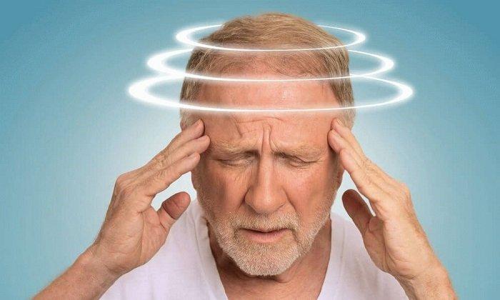 Побочный эффект приема препарата-головокружение