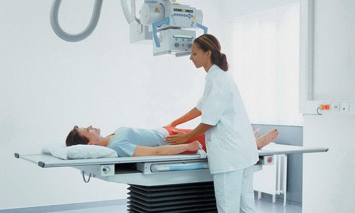 Тримедат применяется также при рентгенологических, эндоскопических обследованиях пациентов с заболеваниями органов ЖКТ