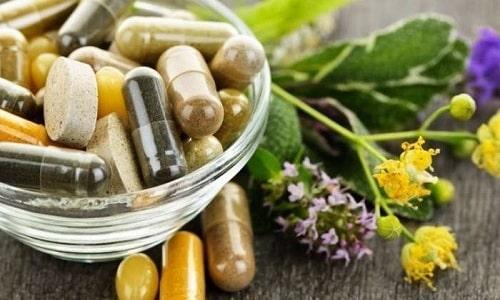 Дополнительно для лечения жжения в простате назначают растительные медикаменты, БАДы и гомеопатические средства