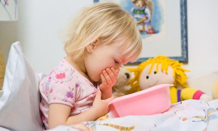 В детском возрасте средство применяется для снижения приступов тошноты и любых других симптомов общей интоксикации организма
