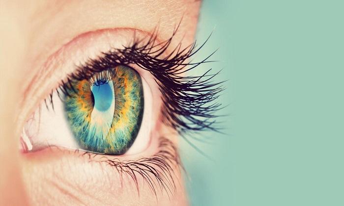 При различных заболеваниях глаз также задействуют ретинола ацетат