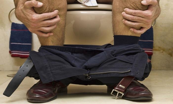 Уколы медикаментами могут привести к неустойчивому стулу