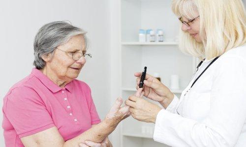 Дюфалак с осторожностью назначают средство при сахарном диабете
