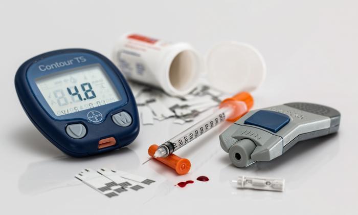 При сахарном диабете Эуфиллин не назначается совместно с Преднизолоном