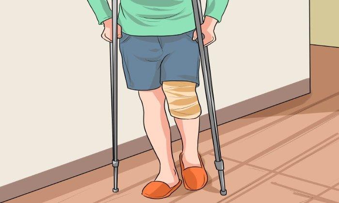 Дюфалак назначают при длительном понижении двигательной активности, вызванной травмой