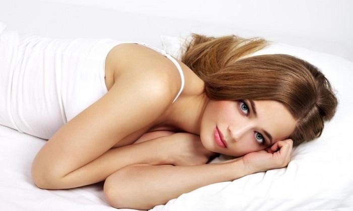 После нанесения мази на пораженный участок, пациент должен отдохнуть в течение 10-15 минут