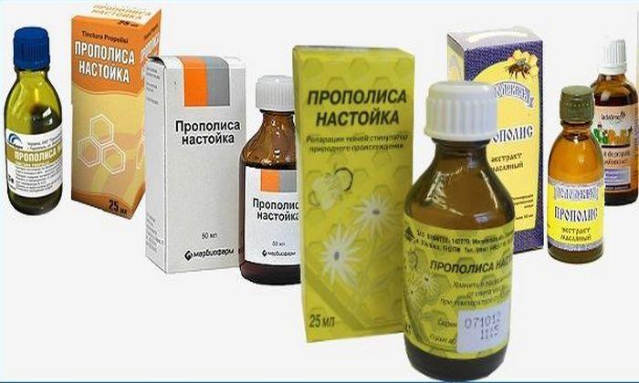 Спиртовую настойку прополиса применяют для лечения и в случае стадии обострения