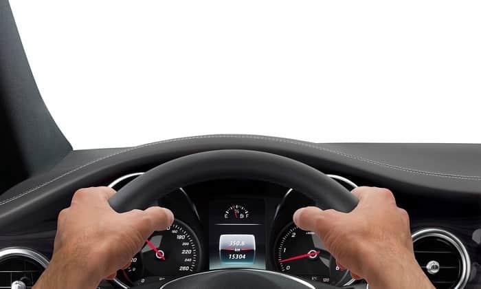 Во время применения лекарства возможно снижение остроты зрения, поэтому вождение транспортных средств нежелательно