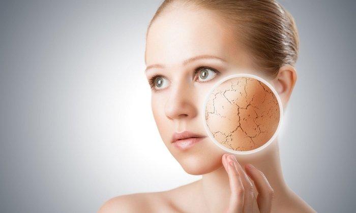 От препарата может возникнуть такое побочное проявление как сухость кожи