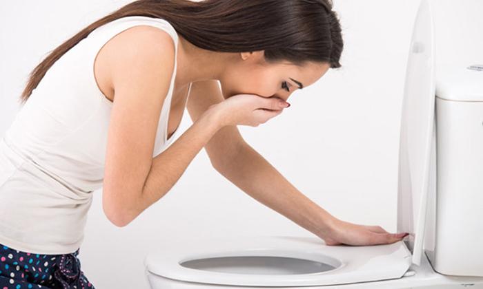 Взрослыми медикамент Мотилиум используется для устранения тошноты и рвоты