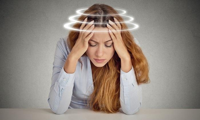 Во время приема Салофалька может возникнуть головокружение, общая слабость, головная боль
