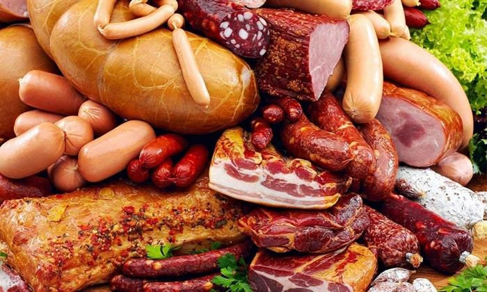 Перед использованием обоих слабительных препаратов необходимо исключить жирное мясо