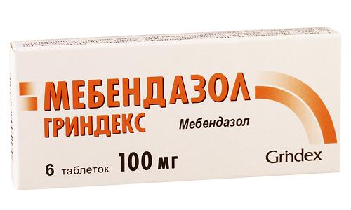 Мебендазол – это противоглистный препарат синтетического происхождения, который нарушает метаболизм глистов и таким образом приводит к их гибели