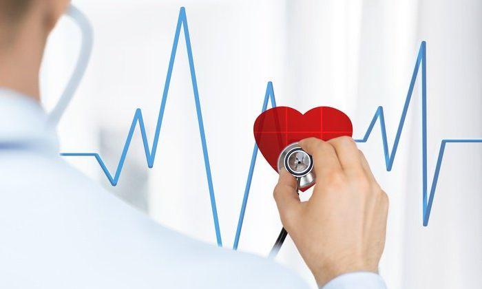 Преимущественно лекарство переносится хорошо, но редко наблюдаются нарушения кардиального ритма