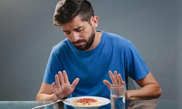 Во время использования медикамента у пациента может появиться побочная симптоматика в виде отсутствия аппетита