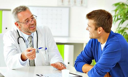 Лечение передозировки предусматривает отмену мази и обращение к лечащему врачу для назначения симптоматической терапии