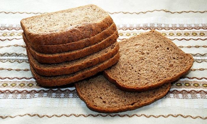 Перед использованием обоих слабительных препаратов необходимо исключить ржаной хлеб