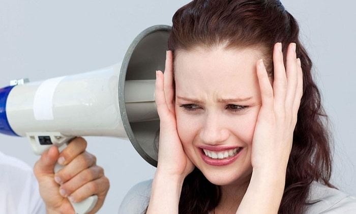 Преимущественно лекарство переносится хорошо, но редко наблюдается звон в ушах