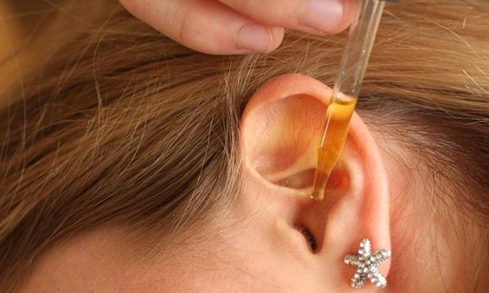 При воспалении ушной полости водный экстракт можно закапывать в уши