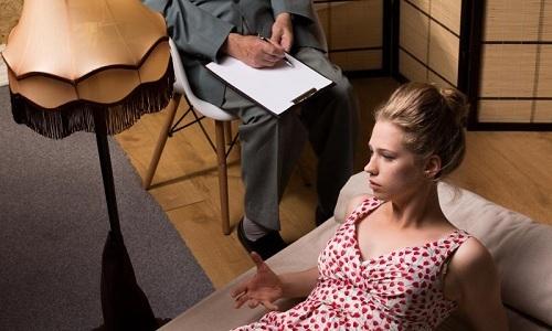 Больным с дискинезией кишечника рекомендуется посещать психотерапевта